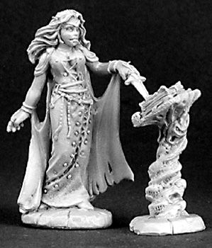Female Necromancer and Tome (OOP), 3138 Reaper Miniatures, Inc.