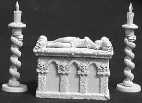 Altar of Evil (Altar, 2 Candelabaras, Victim) (4) (Discontinued), 65039 Reaper Miniatures, Inc.
