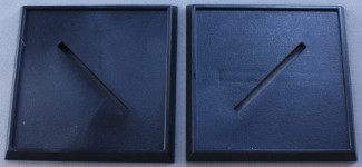 40mm Square Plastic Bases (10), 74024 Reaper Miniatures, Inc.
