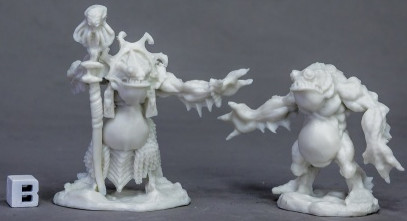 Deep One Priest & Servitor, 77520 Reaper Miniatures, Inc.